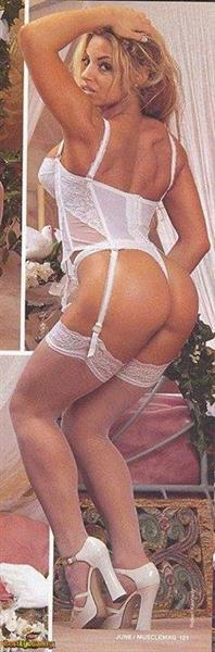 Trish Stratus in lingerie - ass