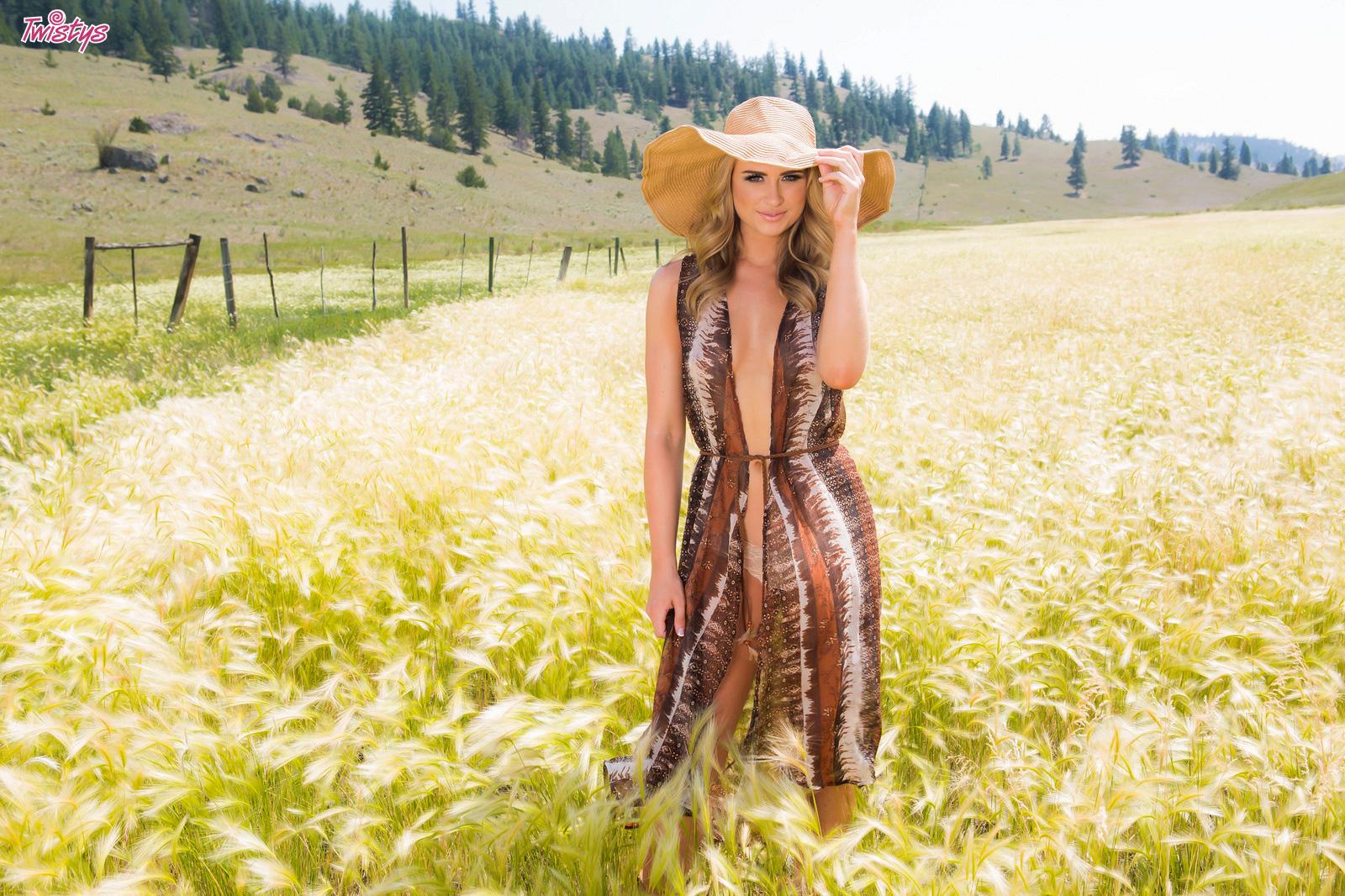Maya Rae outside in a field - Perfect Ten