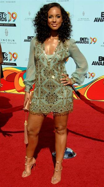 Alicia Keys 2009 bet awards held at the shrine auditorium los angeles california