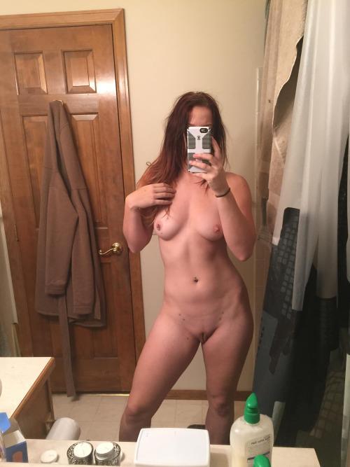 rate-my-naked-selfie
