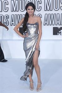 Selena Gomez 2010 MTV video music awards on September 12, 2010