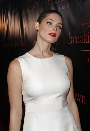 Ashley Greene the Twilight Saga Breaking Dawn part 1 Concert tour Chicago on November 8, 2011