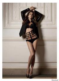 Claudia Galanti in lingerie