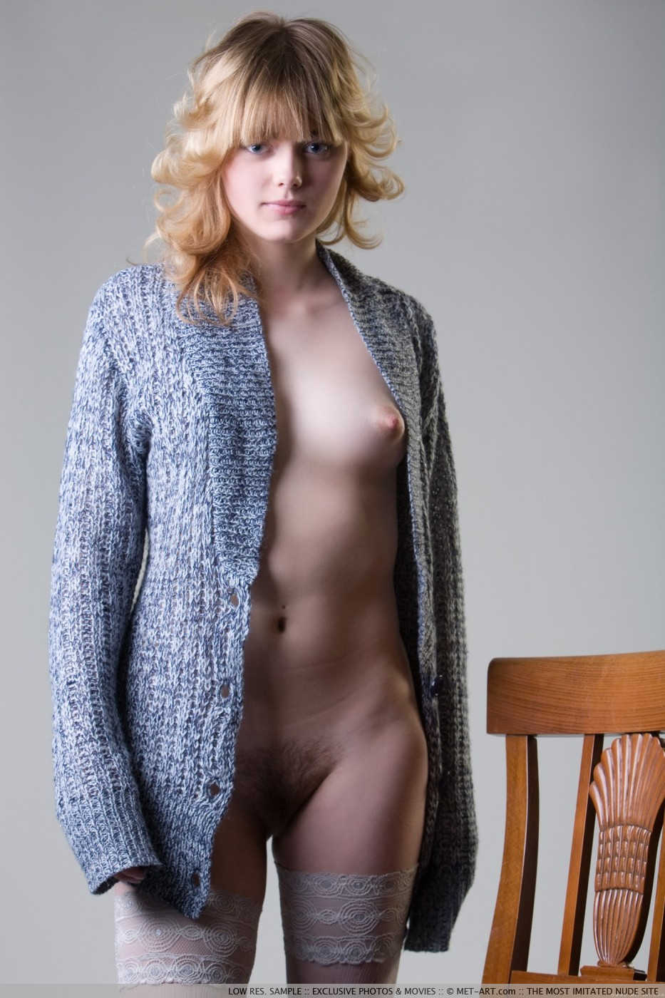 100 Photos of Amy Nude