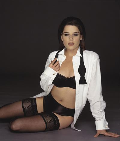 Neve Campbell in lingerie