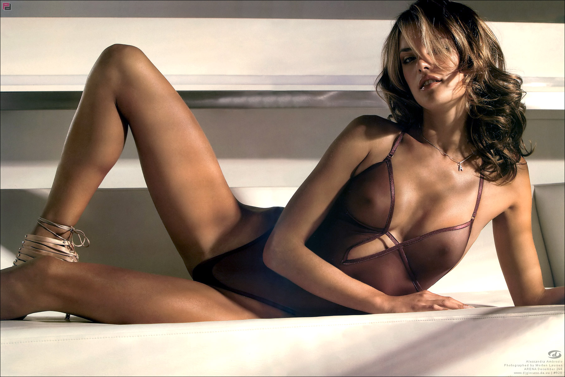 Alessandra Ambrosio - breasts