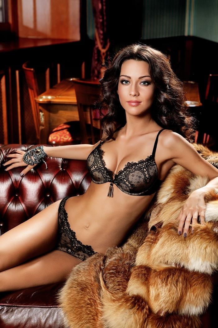 Yana Yatskovskaya in lingerie