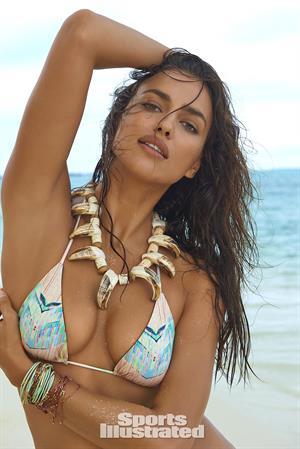 Irina Shayk - Sports Illustrated Swimsuit 2016