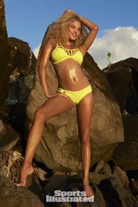 Rose Bertram - Sports Illustrated Swimsuit 2016