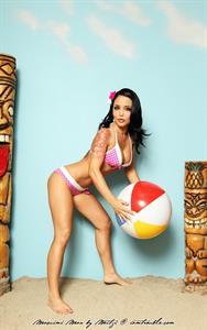 Masuimi Max in a bikini