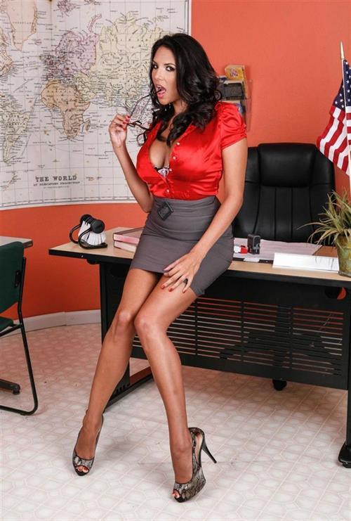 Latina MILF pornstar Missy Martinez taking anal fucking from her dcotor  657742