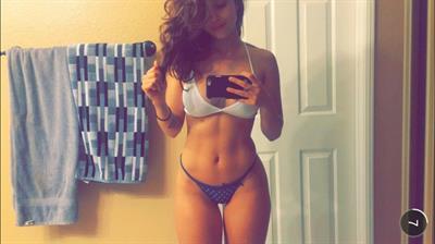 Tianna Gregory in lingerie taking a selfie
