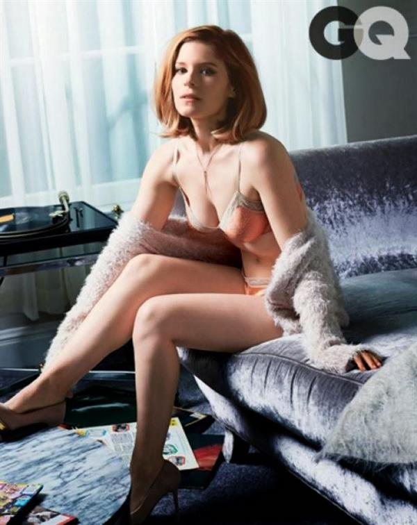 Kate Mara in lingerie