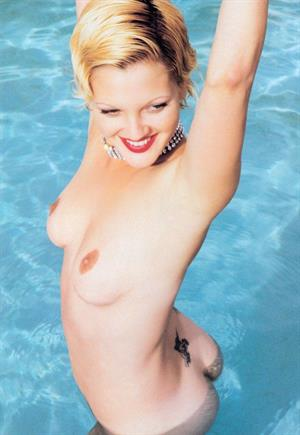 Drew Barrymore - breasts