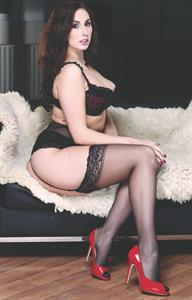 Paige Turnah in lingerie