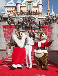 Selena Gomez holiday sweetness at Disneyland in Anaheim on Nov 7, 2010