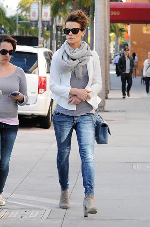 Kate Beckinsale Shopping in Los Angeles February 27, 2013