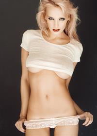 Lissy Cunningham in lingerie