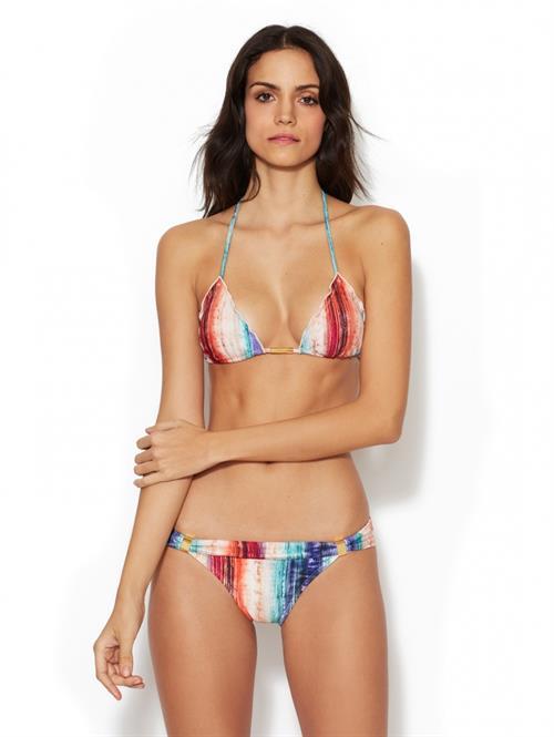 Sofia Resing in a bikini