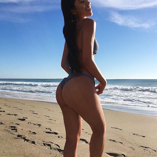 Julia Kelly in a bikini - ass