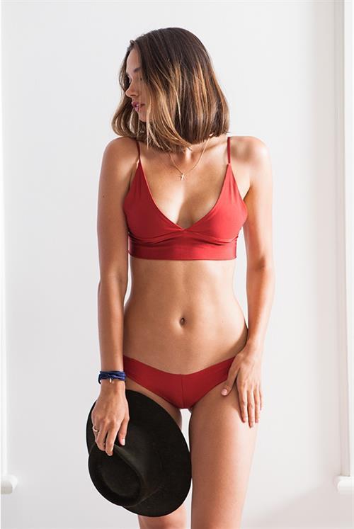 Michelle Vawer in a bikini