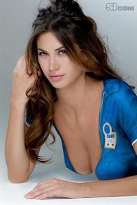 Melissa Satta in body paint