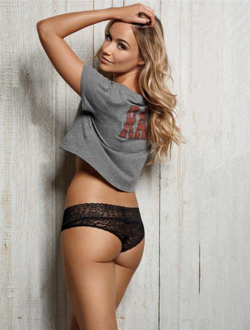Katrina Bowden in lingerie - ass