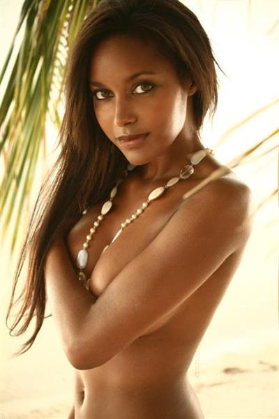 Brandi Reed Nude - 3 Pictures: Rating 8.43/10