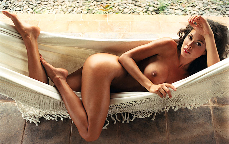 Brooke Burke Nude Pictures Rating  91810-8759