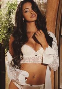 Bryiana Noelle in lingerie