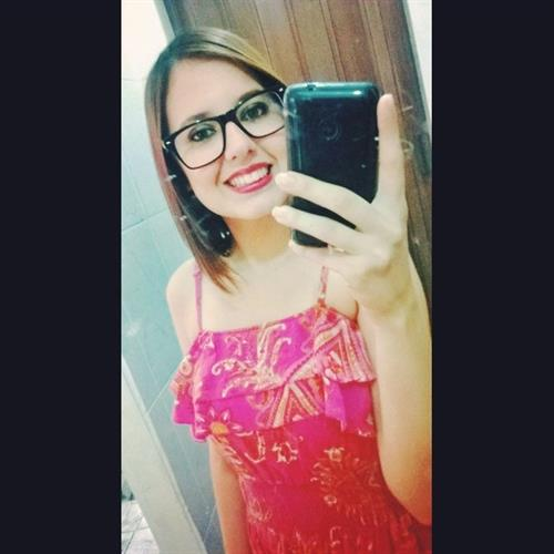 Veronica Rangel taking a selfie