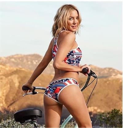 Kate Hudson in a bikini - ass