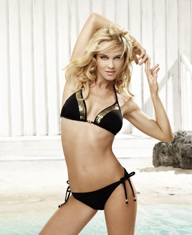 Liza Berggren in a bikini