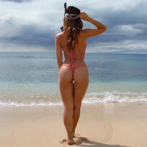 Ana Cheri in a bikini - ass