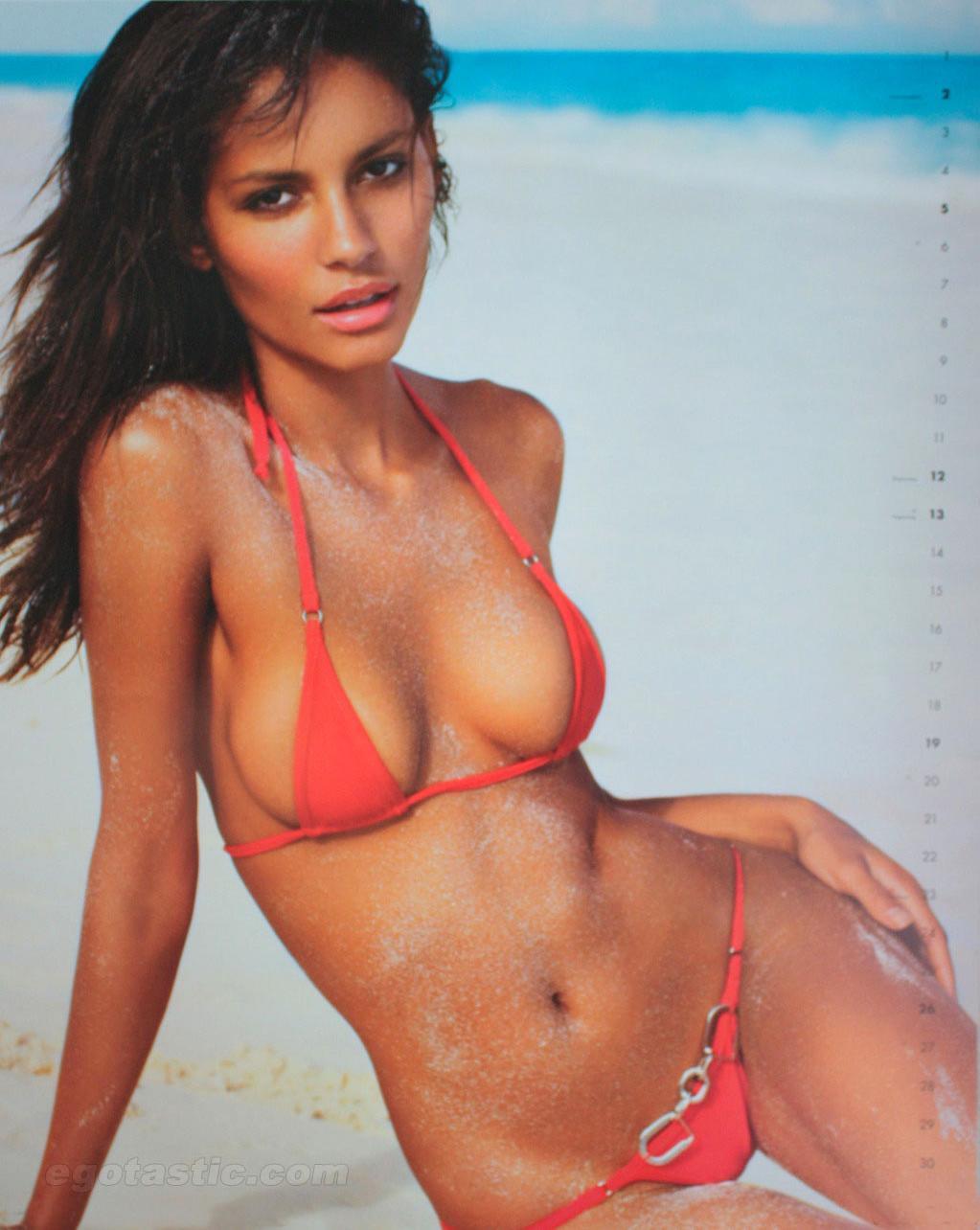 Emanuela de Paula in a bikini