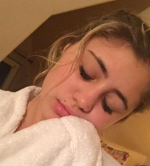 Lia Marie Johnson taking a selfie