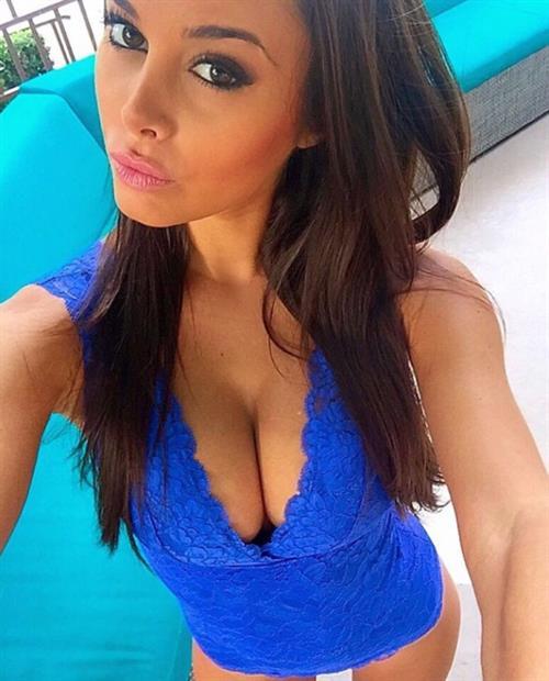 Susanna Canzian in a bikini taking a selfie