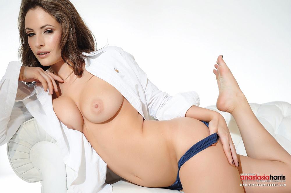 Nude anastasia harris Anastasia Harris
