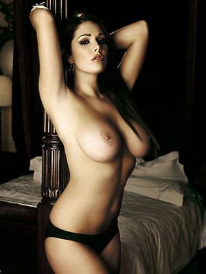 Lucy Pinder topless