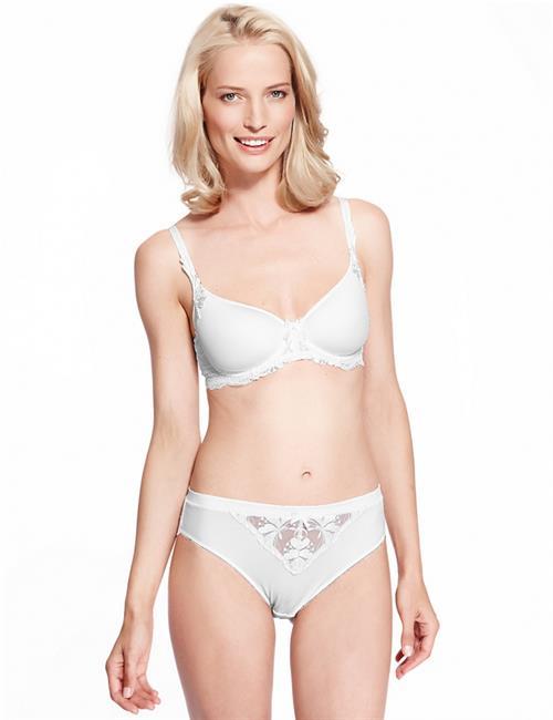 Jessica Van Der Steen in lingerie