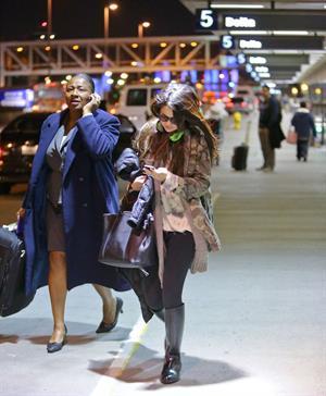 Selena Gomez – LAX airport arrival in LA 1/5/13