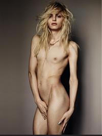 Andreja Pejić - breasts