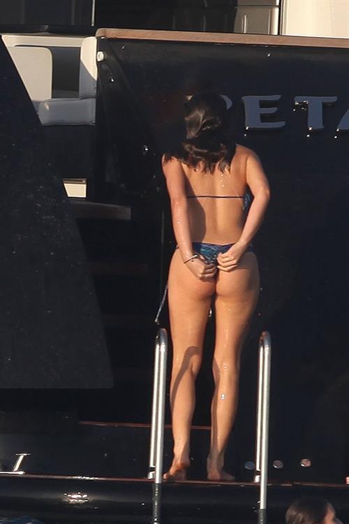 Bruna Marquezine in a bikini - ass