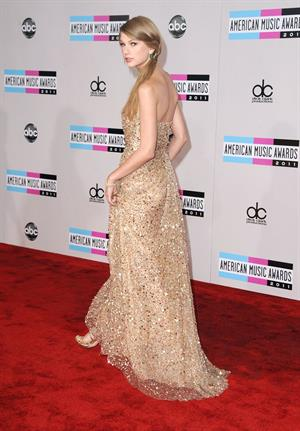 Taylor Swift 39th Annual American Music Awards in Los Angeles November 20, 2011