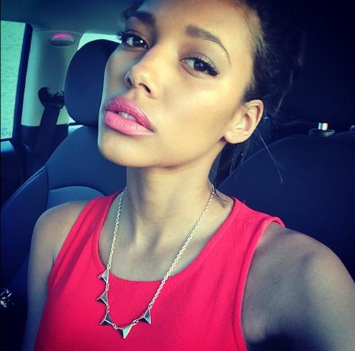 Kylie Bunbury taking a selfie
