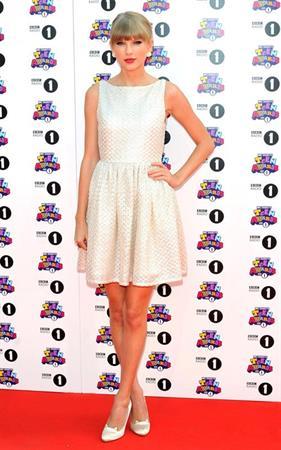 Taylor Swift BBC Radio 1 Teen Awards in London - 10/07/12