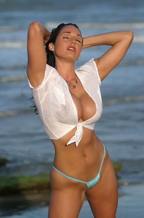 Очень женственная Kellie Maines naked vid