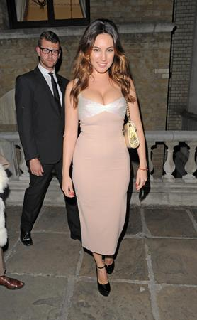 Kelly Brook at Giles Deacon Fashion show - September 17, 2012