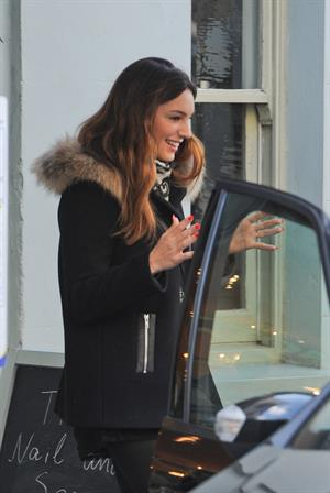 Kelly Brook Visiting her favourite nail bar in Maida Vale - October 4, 2012