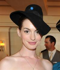 Anne Hathaway Ruinart Private Art Auction 2-10-2011